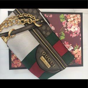 Gucci vintage GG logo scarf